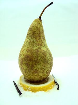 Deser z gruszek na ciepło z cytryną i wanilią