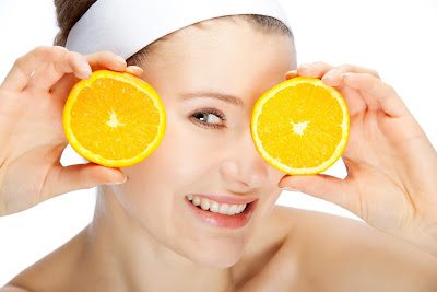 How to Bleach Your Skin With Lemon