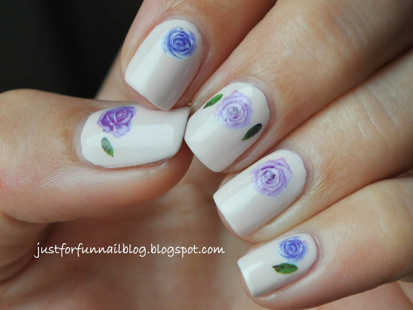 Delicate Mani: Purple Flowers Water Decals