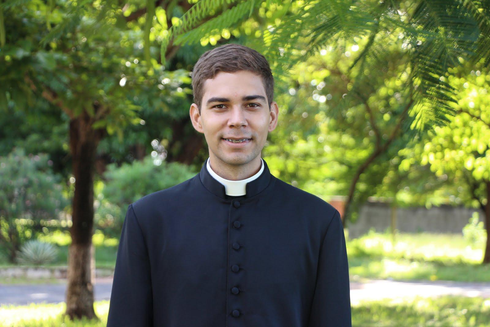 Seminarista Thiago Lourenzon
