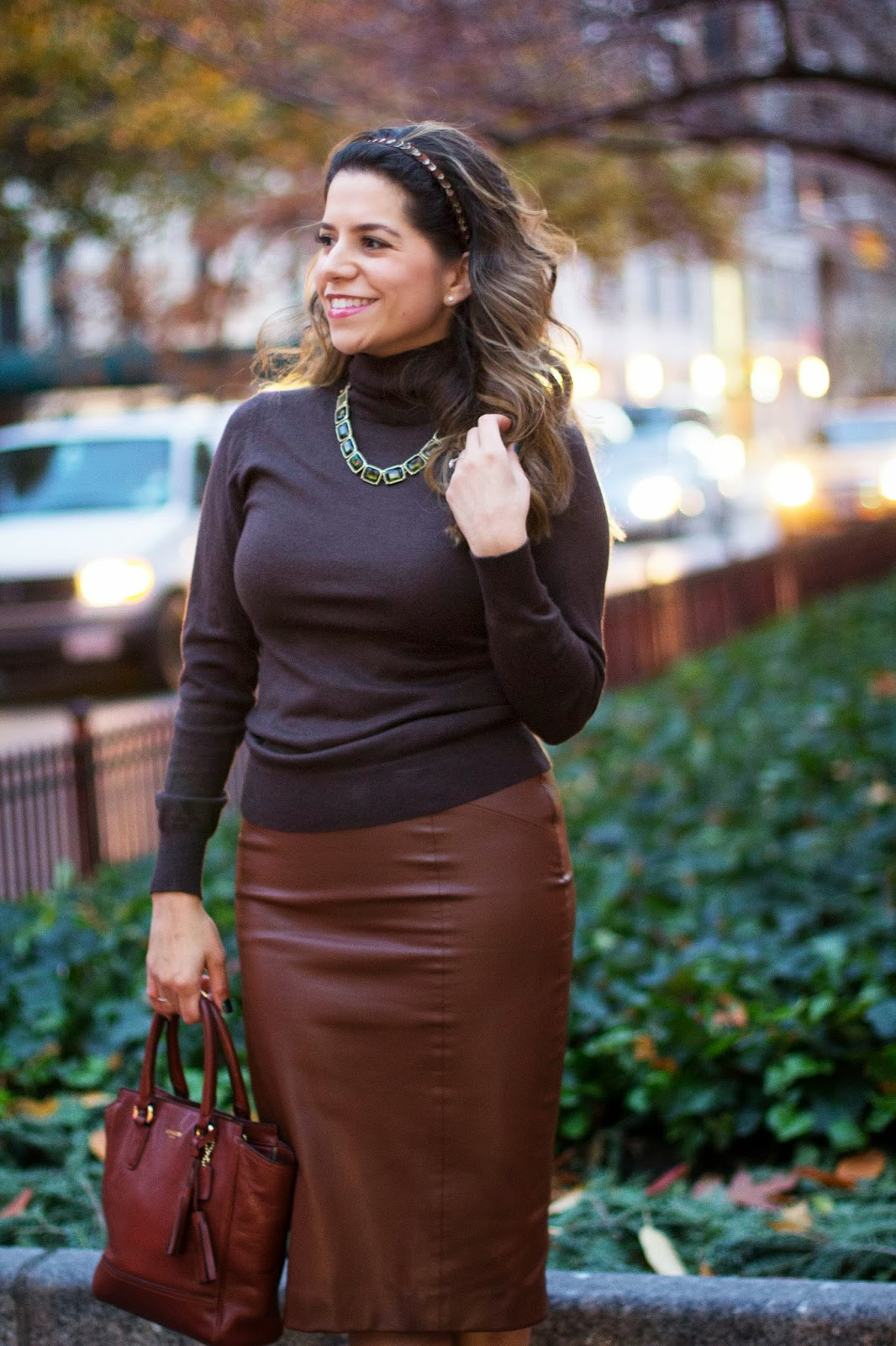 monochromatic trend; brown; leather skirt; handband; ny blogger; coach; zara skirt; banana republic; turtle neck; how to wear monochromatic; brown outfit; work wear; office outfit; what to wear to work
