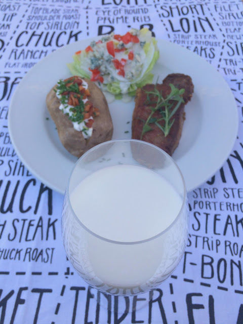 Ultimate Steak Dinner pairs perfectly with ice cold milk! www.jacolynmurphy.com