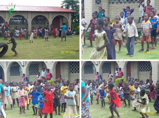 Bambini della scuola in Togo