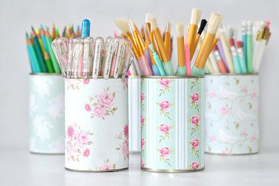 Porta-canetas de latinha reciclada
