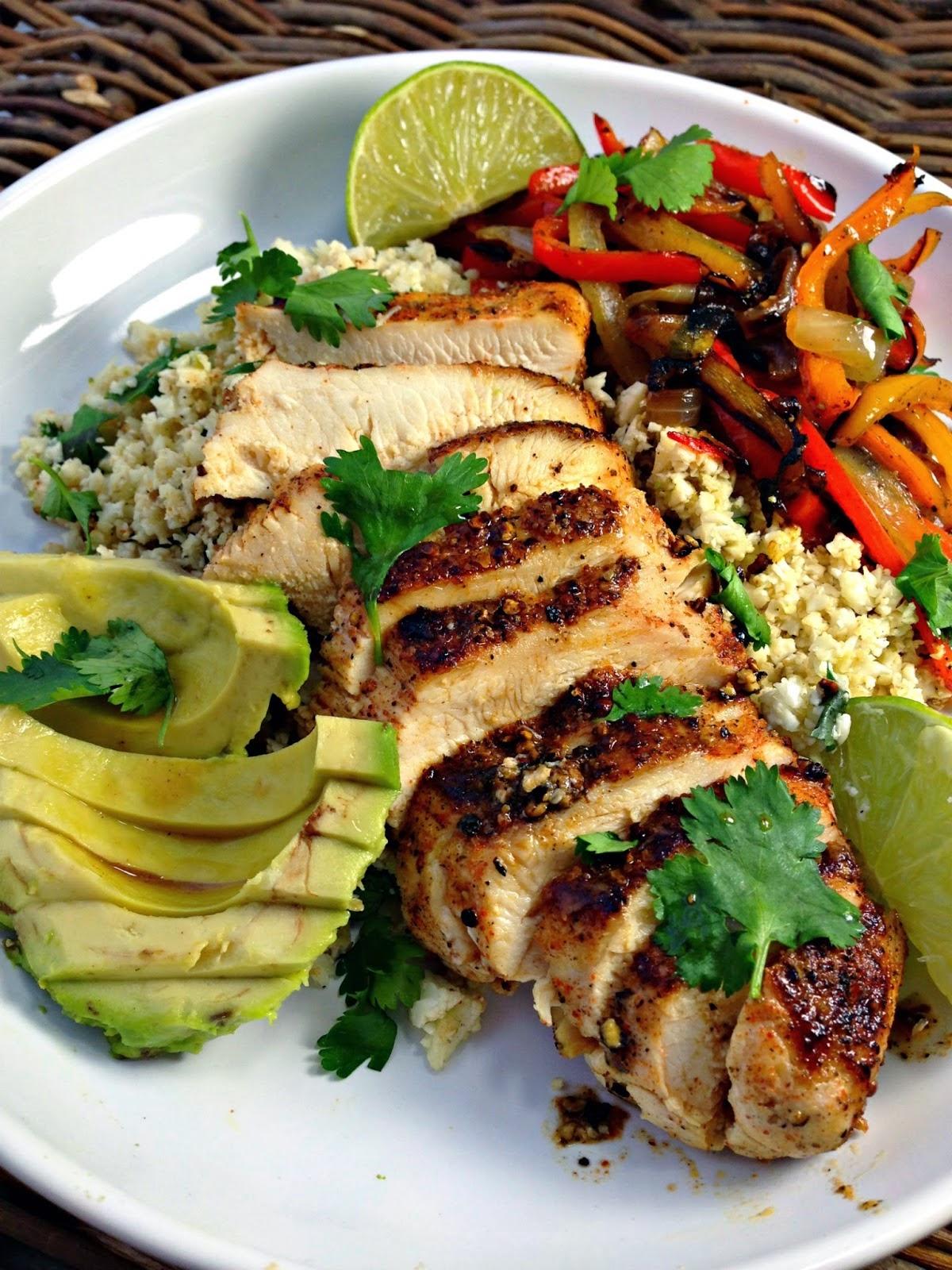 Blackened Chicken Fajitas & Cilantro Lime Cauliflower Rice, shared by From Everyday to Gourmet