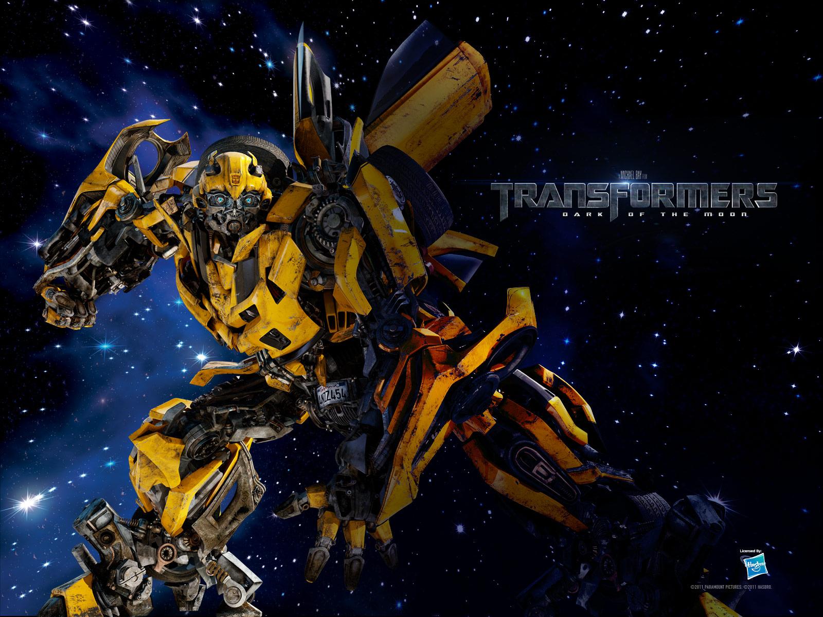 Optimus Prime and Bumblebee Wallpaper http://transforawesome.blogspot ...