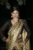 Anchor Shila Chakravarthy latest black saree Photos-thumbnail-19