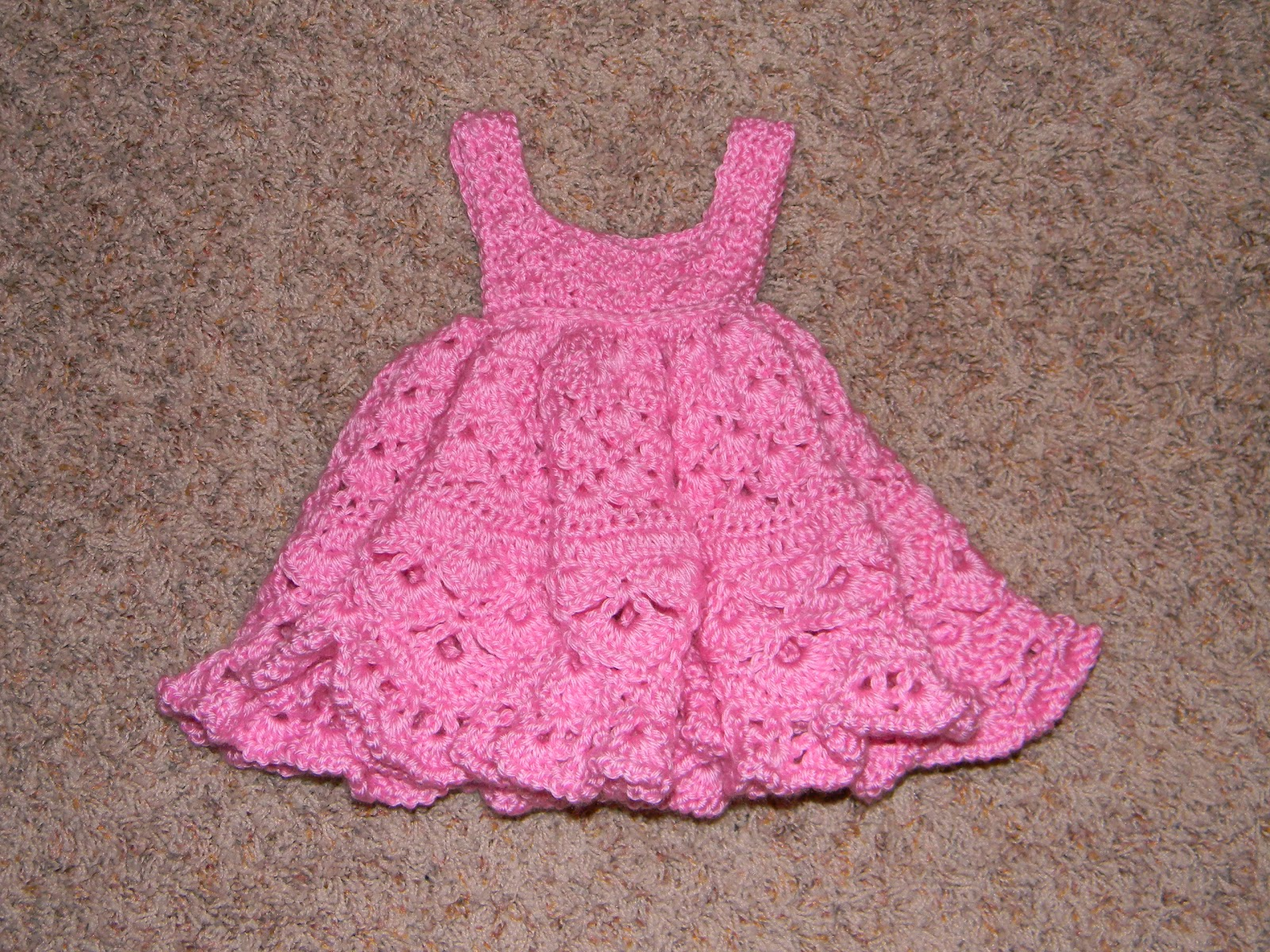 How To Crochet Baby Dress Pattern : Sassys Crafty Creations: Crochet Baby Girl Dress