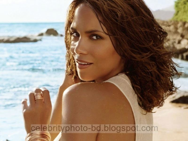 Halle+Berry+Latest+Hot+Photos+With+Short+Biography010