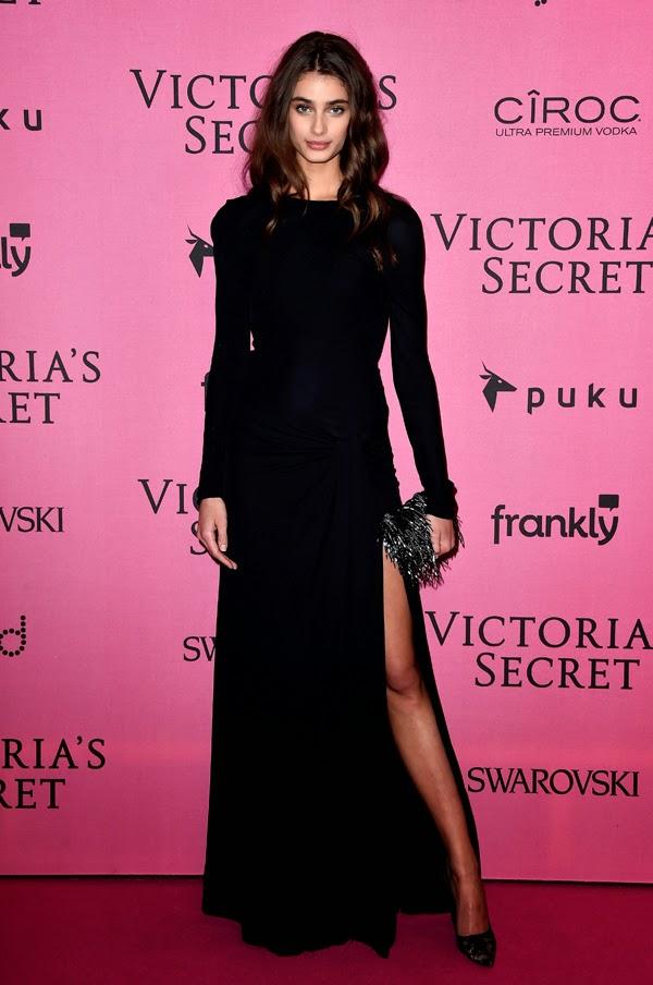 Taylor Hill la petrecera Victoria Secret