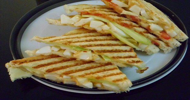 Grilled Egg-Mayo Sandwich