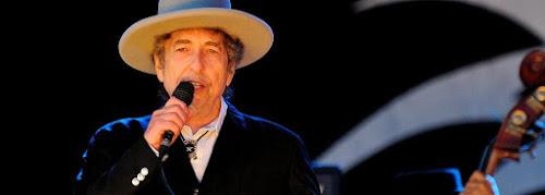 Academia critica desprezo de Bob Dylan por Nobel: 'descortês e arrogante'