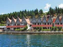 Hotel Terbaik di Danau Toba Parapat - Danau Toba International Cottage