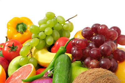 Collage de frutas y vegetales listas para comer