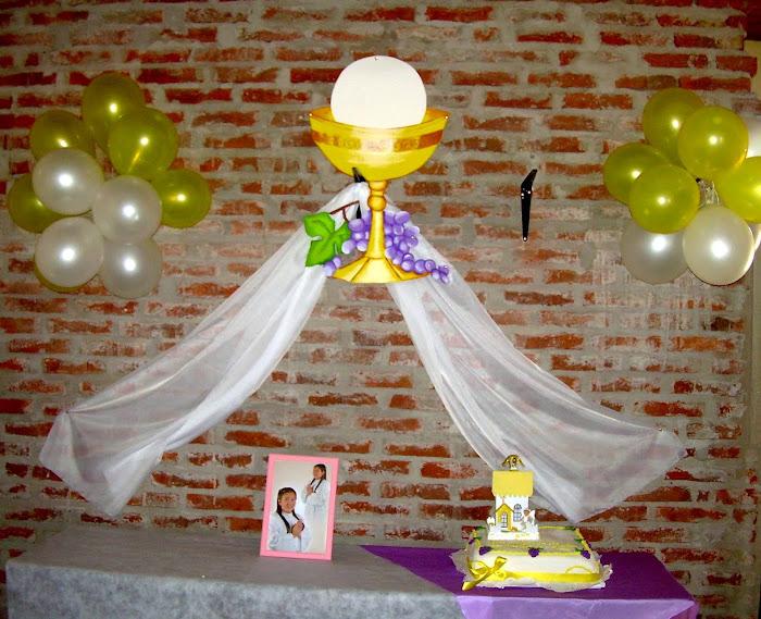 Arreglos con globos en una confirmacion decoraci 243 n - Como decorar un salon para comunion ...