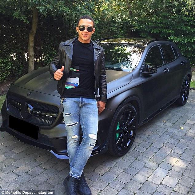 Rich Kid Memphis Depay Flaunts His Mercedes Ride Worth