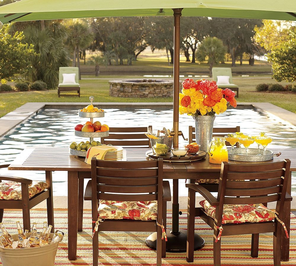 Outdoor garden furniture designs by pottery barn for Poolside table and chairs