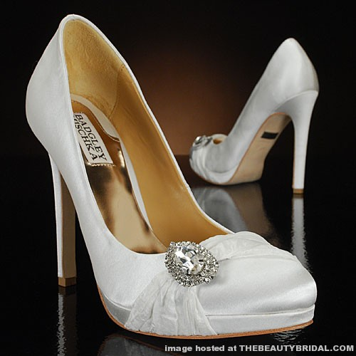 AtUrBest Special Events: Badgley Mischka Wedding Shoes