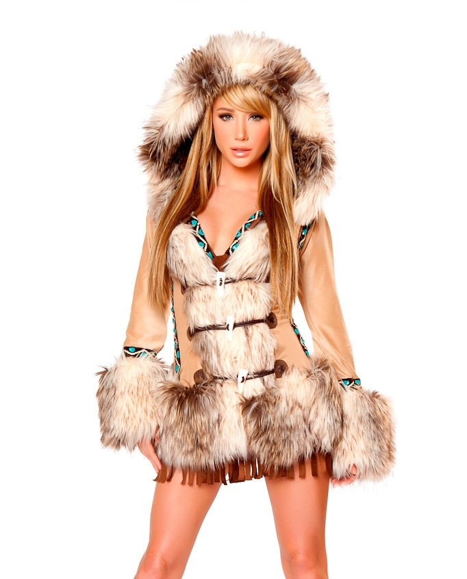 Sara Jean Underwood as a pretty hot Inuit