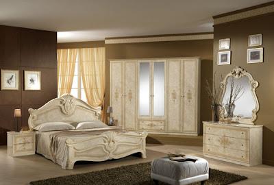 habitación con muebles crema