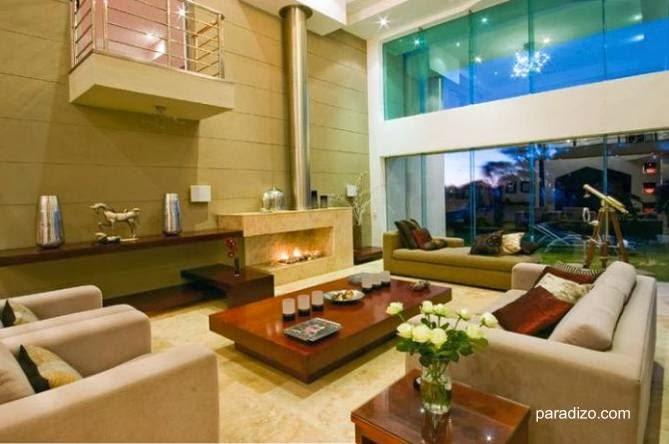 Sala de estar de residencia contemporánea sudafricana