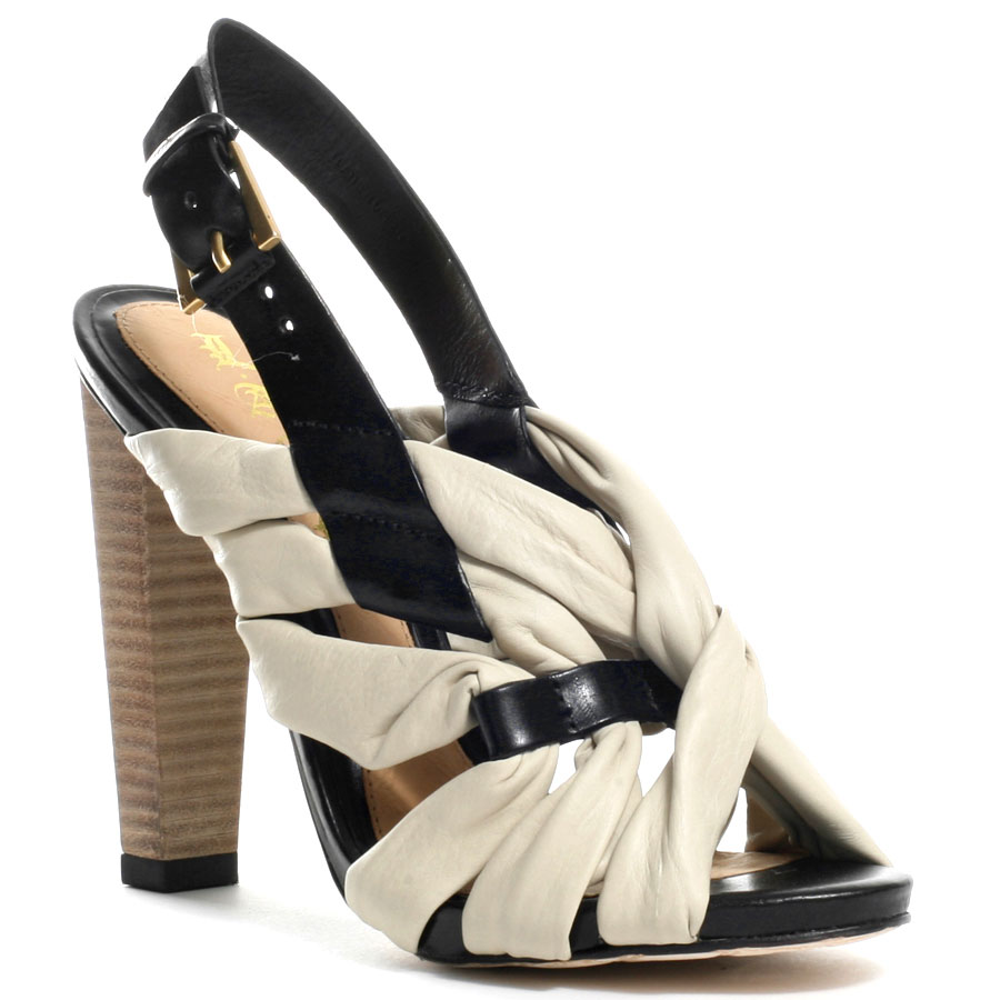Fashion & Style: Fashionable Shoes For Women's Fall 2011