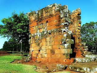 Ruínas do cabildo de São Nicolau.