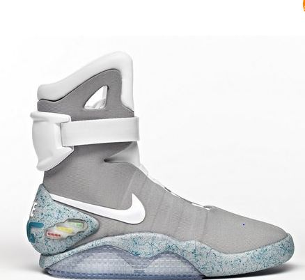 the sneaker addict nike air mag marty mcfly 2015 sneaker available online now. Black Bedroom Furniture Sets. Home Design Ideas