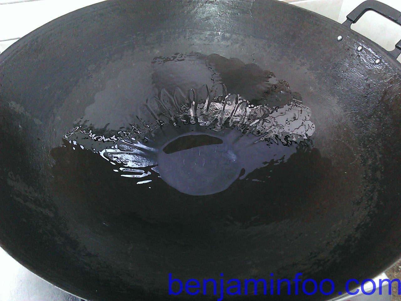how to cook on wok