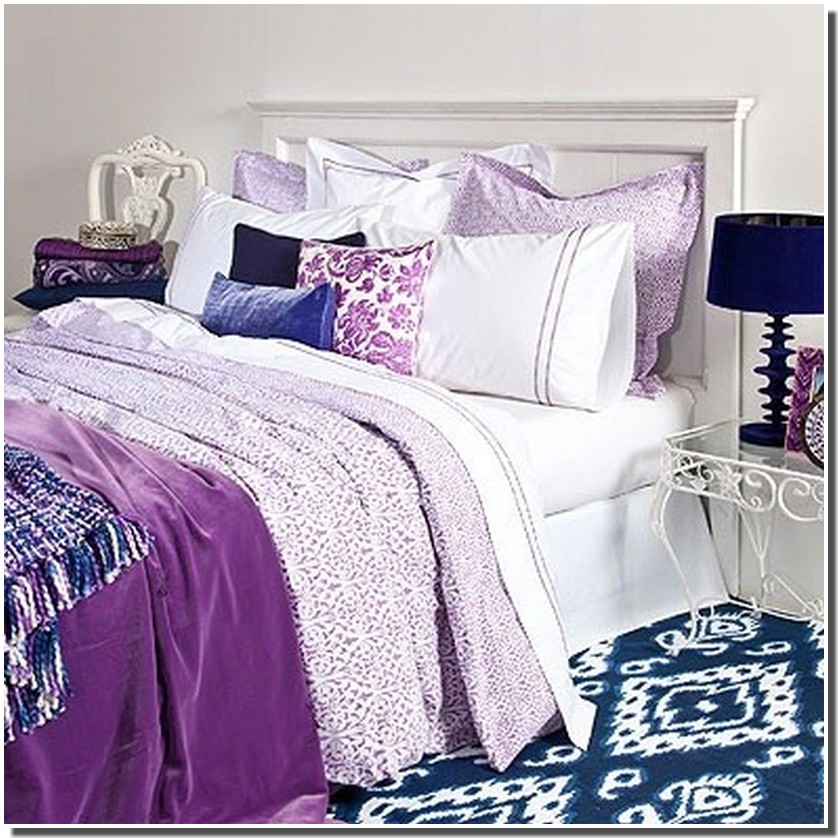Nassima home chambre en violet ou prune for Chambre zara home
