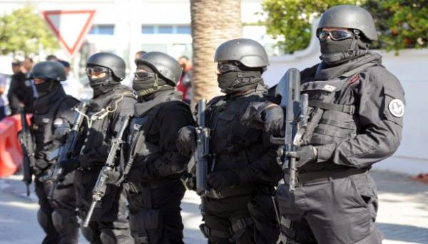 القصرين: استعراض للجيش في شوارع المدينة