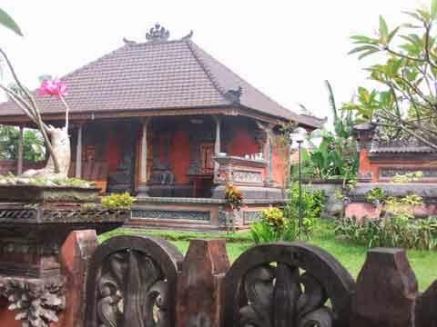 rumah adat bali modern