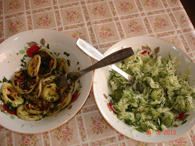 salata de varza si dovlecei copti