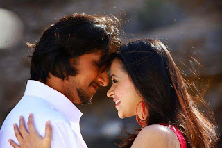 Bhavana cute pics from movie Murattu Kaidhi with Sudeep and parul yadav
