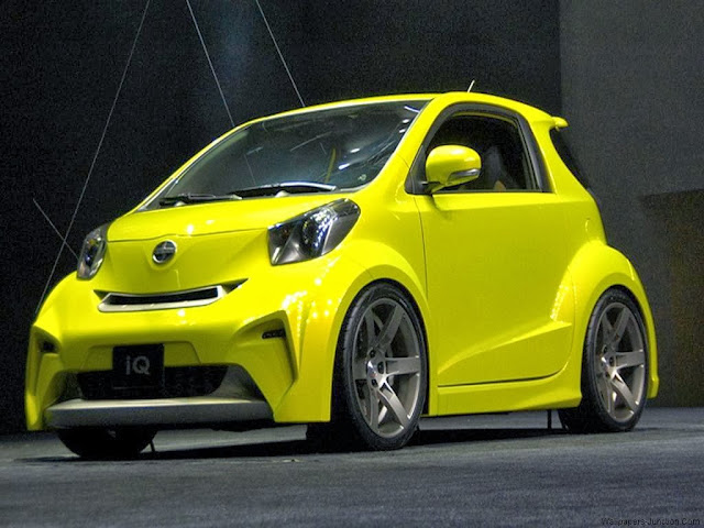Scion iQ Car Pictures