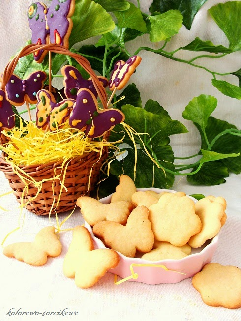 Kruche ciasteczka wiosenne