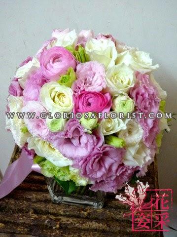 白牡丹,粉紅小牡丹,桔梗花球