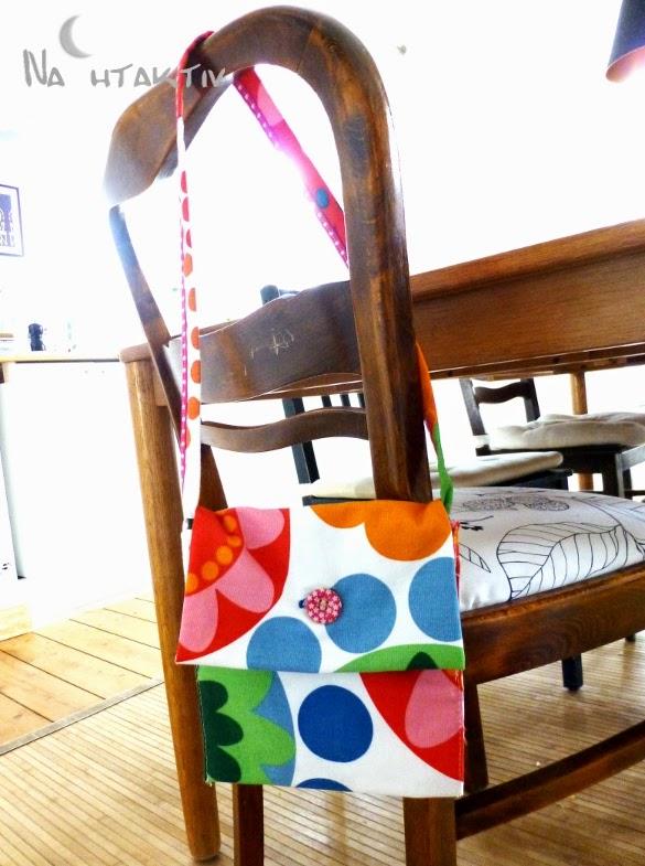 IKEA Stoff Blumen bunt Stickerei Schrägband Knopf annähen Knopfloch nahtaktiv Tasche Kinder Prilblumen Stuhl