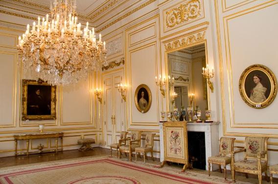 Royalement blog le palais royal le petit salon blanc - Salon de the palais royal ...