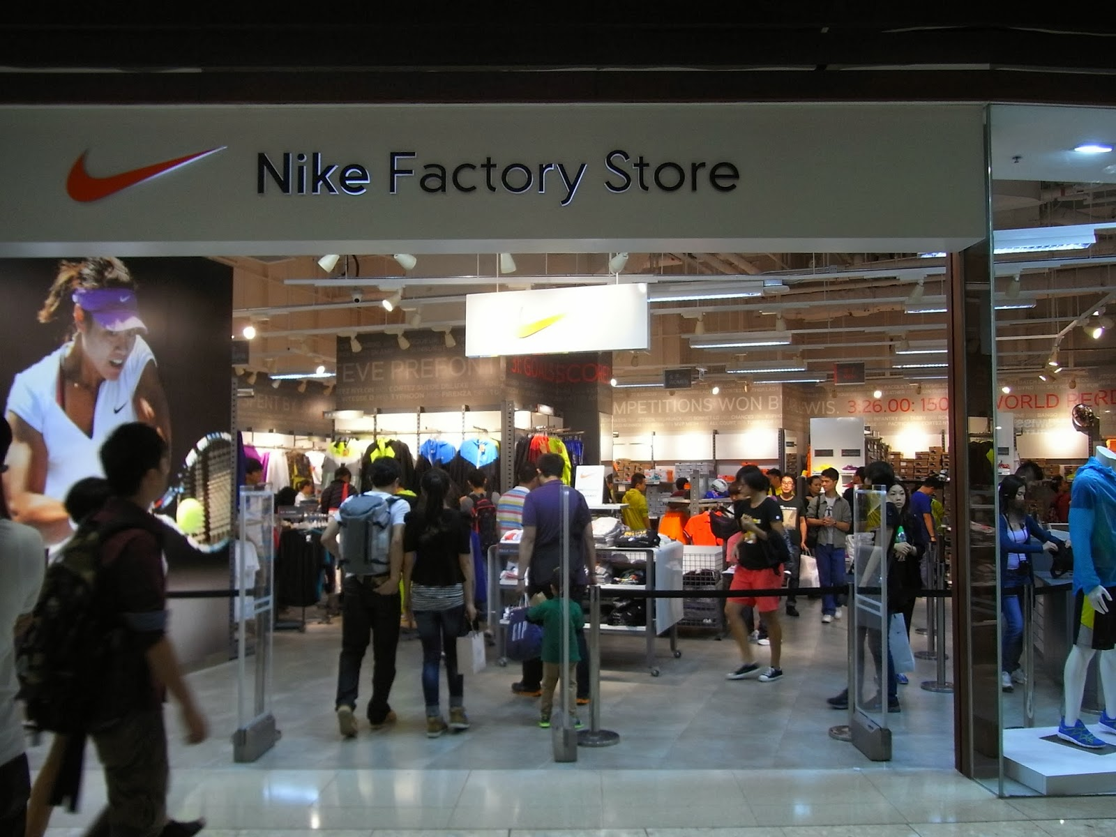 The Shoppinguide.it: Nike Outlet