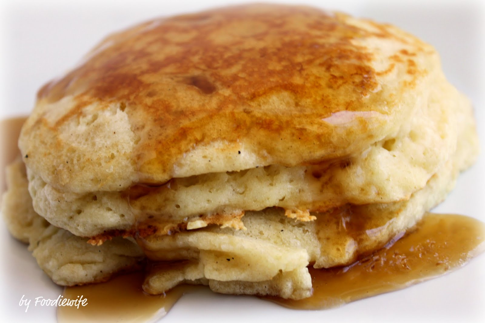 Feast for the Eyes: Fluffy, FLUFFY, Pancakes! Yes, Indeed.