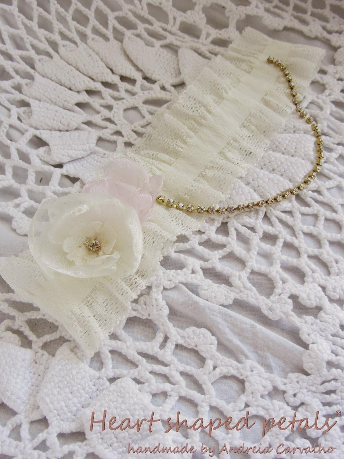 Bridal lace garter rhinestone chain