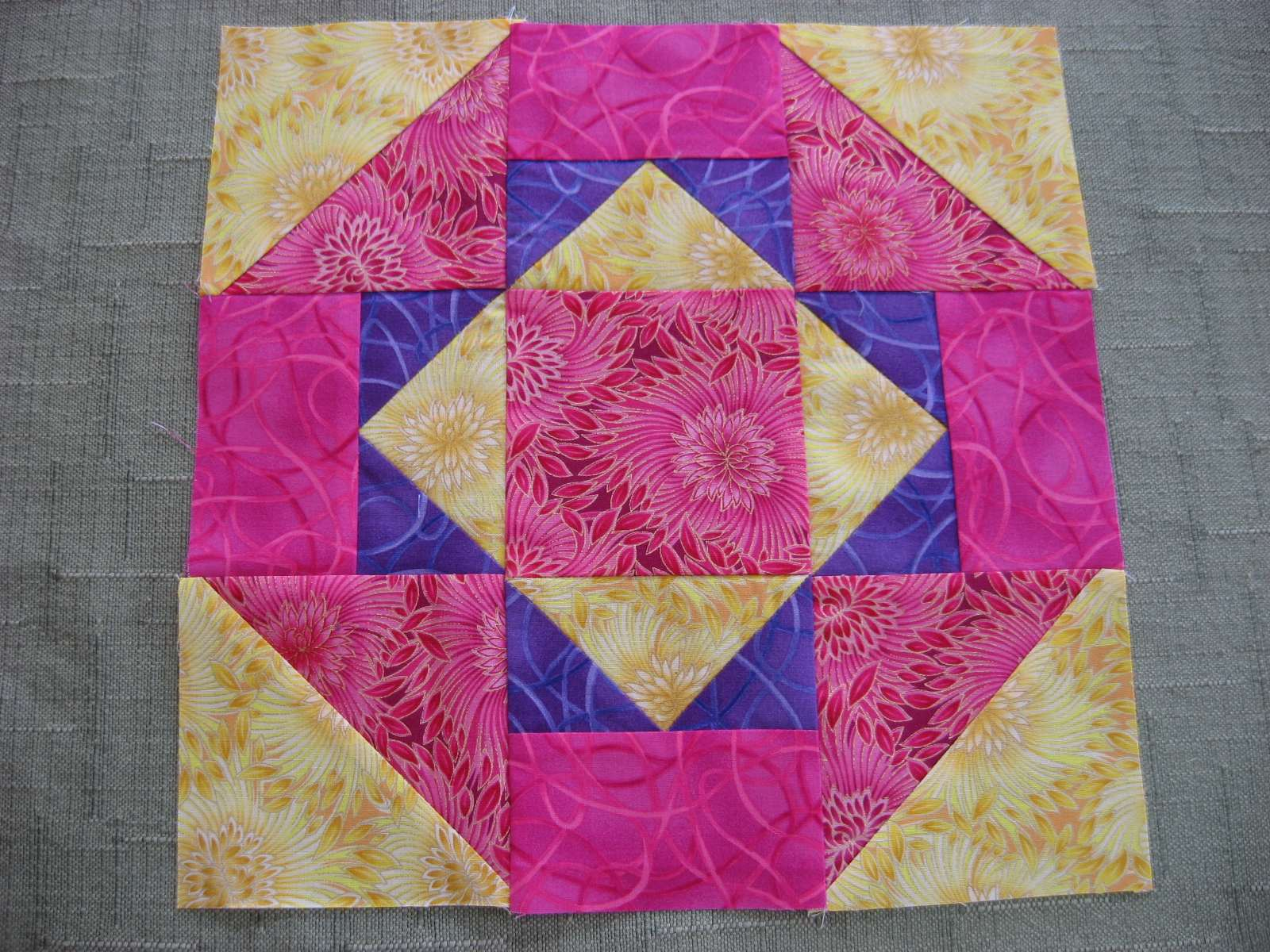 Layer Cake Quilt Along : Hooked on Needles: Layer Cake Quilt Along - Block Nine