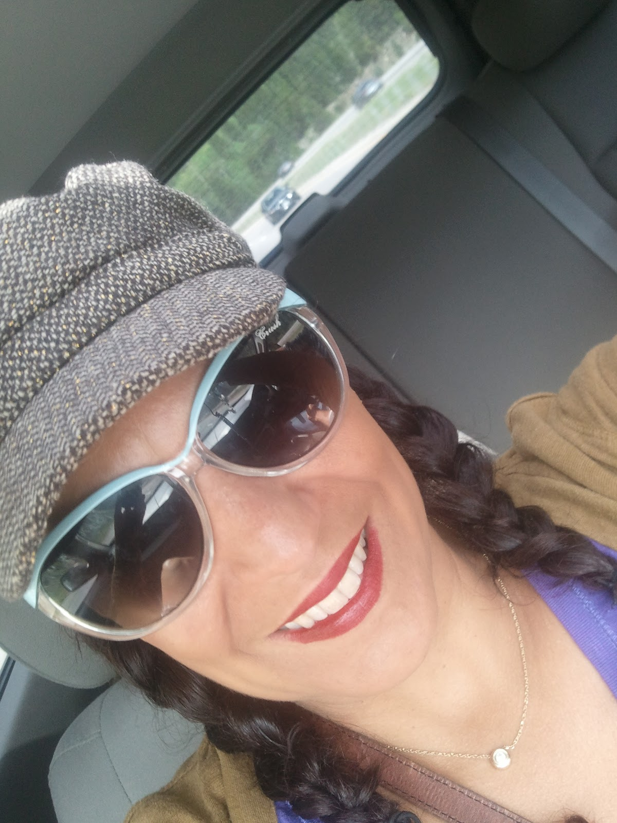 http://1.bp.blogspot.com/-svQF3zcRgnA/UEaAg2hD-kI/AAAAAAAAClw/UMuPBKIDvY0/s1600/2012-09-01+14.55.50.jpg