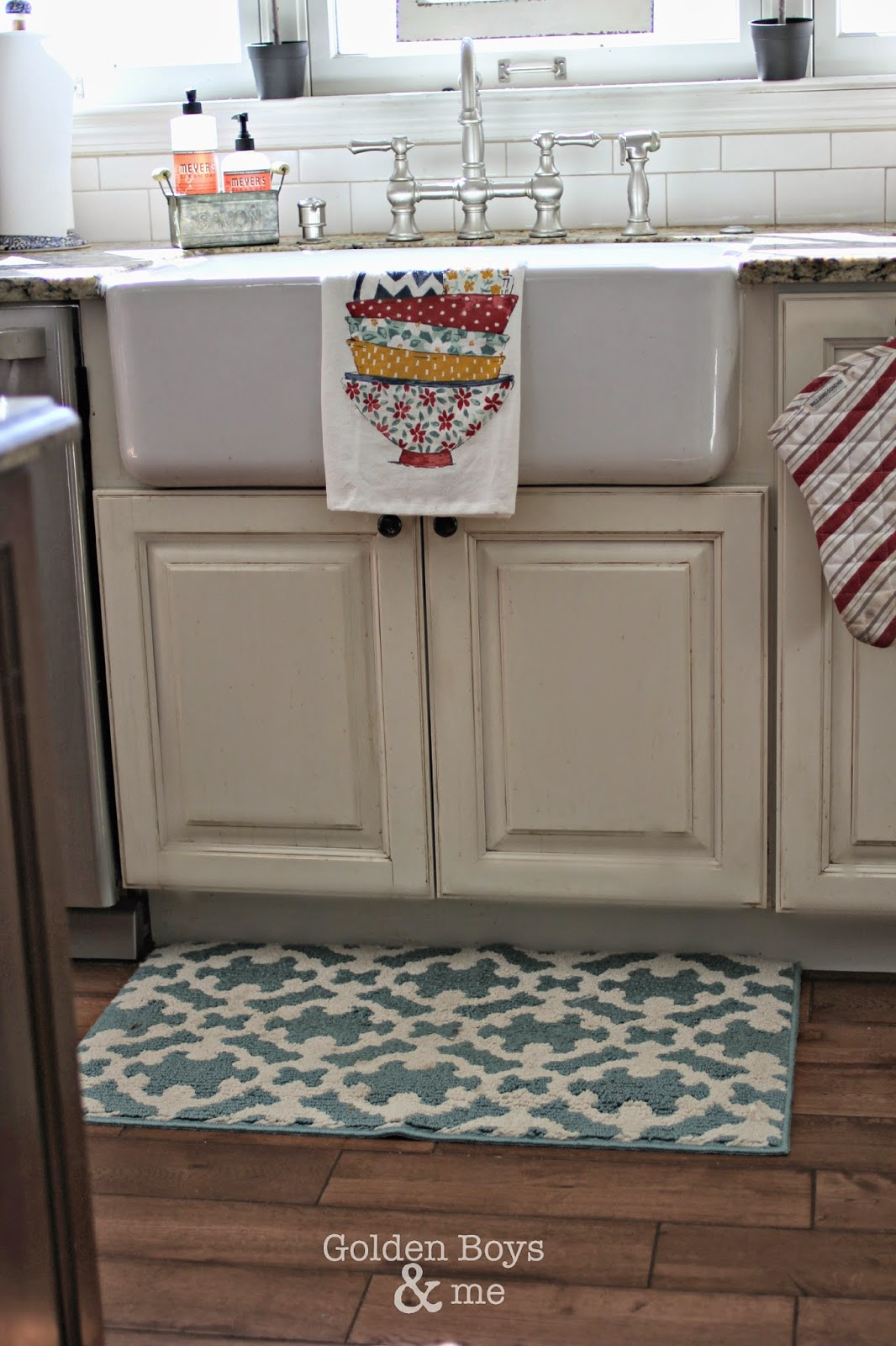 DIY shaw's farmhouse sink-www.goldenboysandme.com