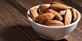 khasiat kacang badam