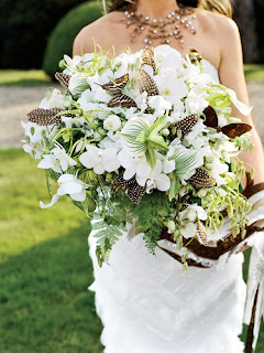 White Wedding Flowers picture