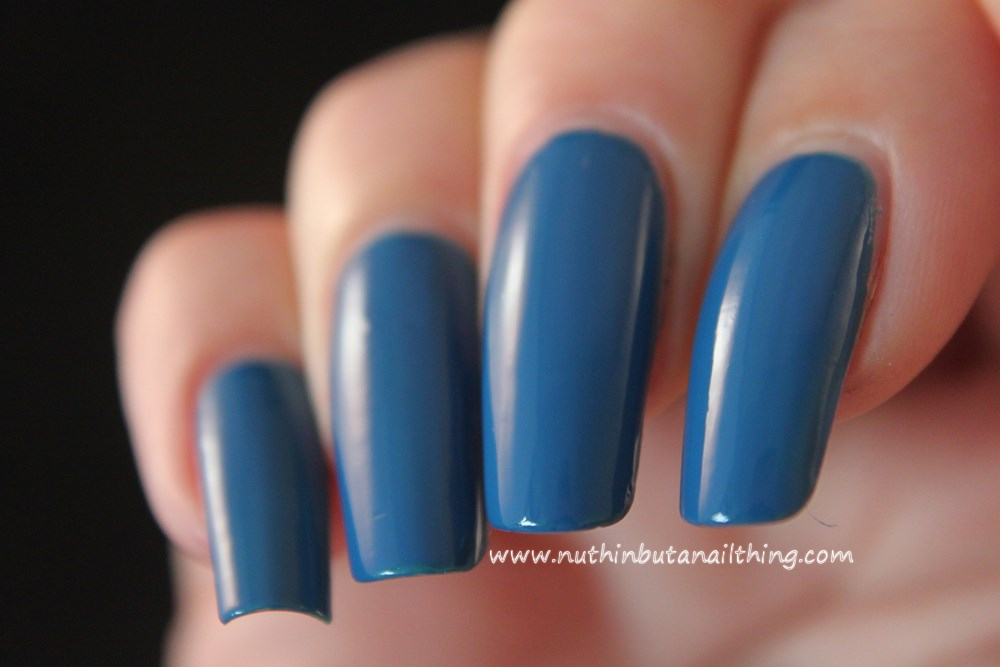 Essie - Hide and Go Chic