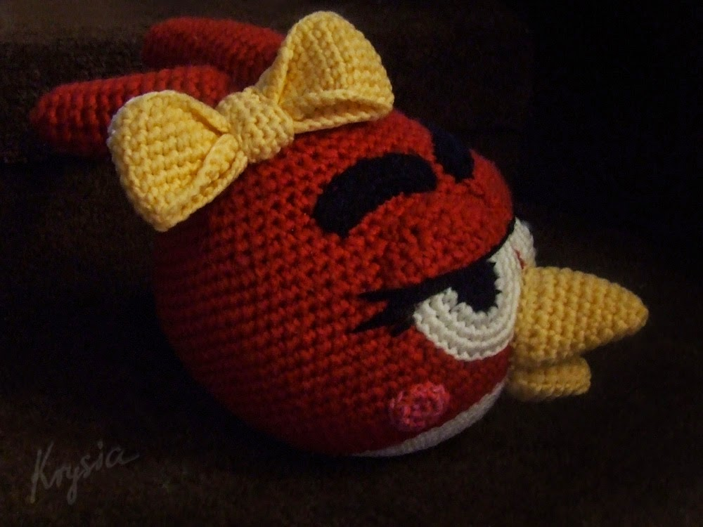 Angry Birds Red amigurumi girl