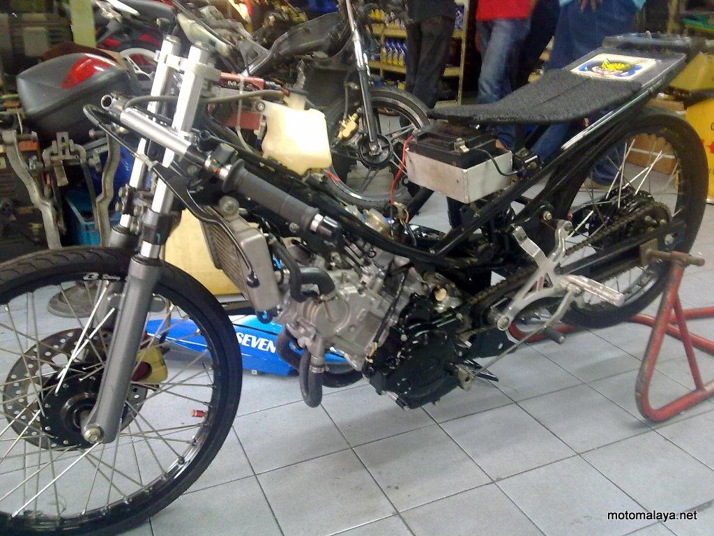 Drag Bike Dengan Biaya Irit   Indie RacingTeam